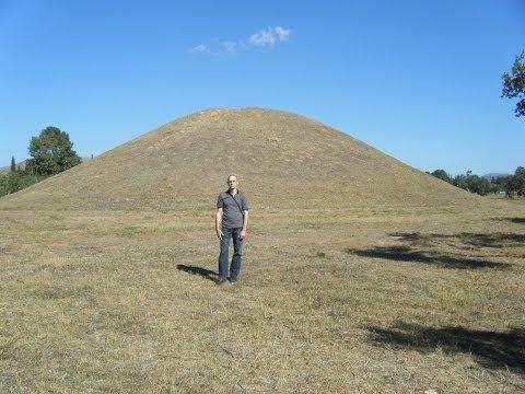 Burial Mound / Tomb of the Athenians, Battle of Marathon, Marathon Bay, Greece