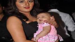 Uttaran Tapasya (Rashmi Desai) delivers baby girl
