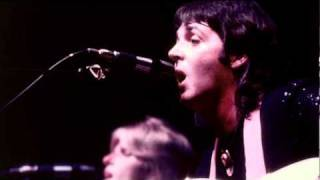 Blue Bird / Listen to What the Man Said - Paul McCartney & Wings Live