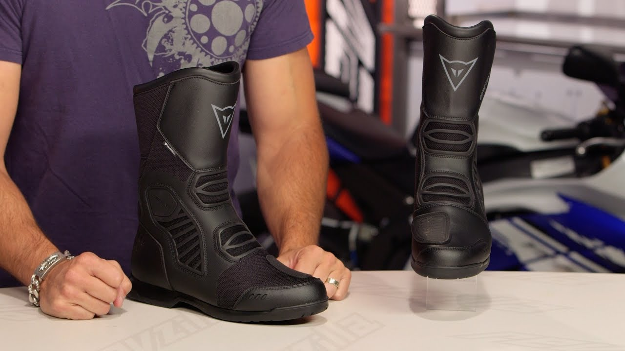 08869ab08f1 Dainese Solarys Gore-Tex & Air Boots Review at RevZilla.com