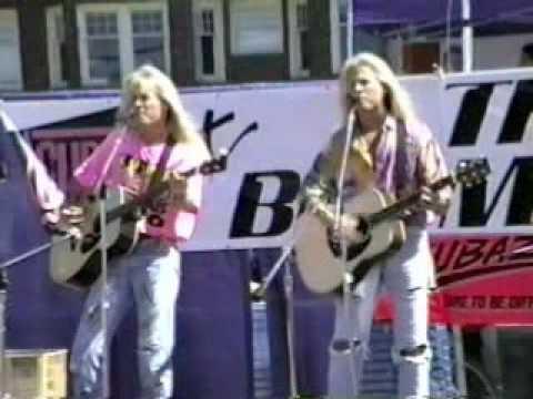 Matthew & Gunnar Nelson at Alki Beach on July 7, 1990