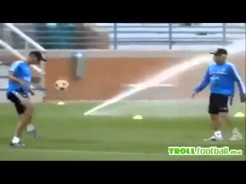 Ancelotti & Zidane freestyle football