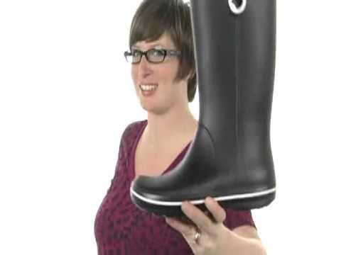 Crocs Crocband Jaunt Women's Boot - YouTube