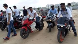 Independence ride at Riverfront Ahmedabad superbikes without basic safety..