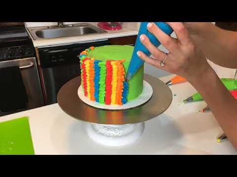 Watch Chelsweets make a Cinco de Mayo cake! 🎉