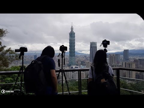 Travel Vlog Timelapse at Elephant Mountain and eating at Raohe St. Night Market Taipei by Chung Dha