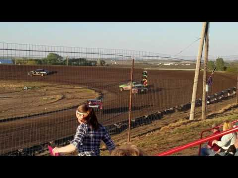 Wagner Speedway 5-12-17 Heat Race