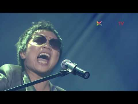 Sandhy Sondoro - Malam Biru