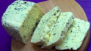 Просто в молоко добавляю сметану и получается вкуснейший домашний сыр