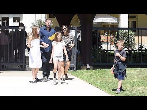 Jennifer Garner Goes To Church With Wet Hair While Ben Affleck Looks Dapper!