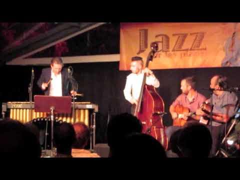 """""""Mr. Sandman"""" Sébastien Félix Trio invite Bernard Jean - Festival Jazz sur les Places 2018 thumbnail"""