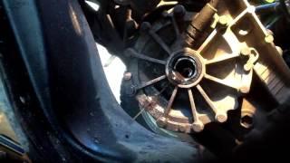 Ремонт Audi 100. Замена пыльника/сальника привода коробки