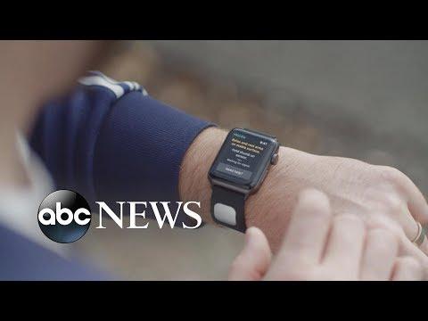 FDA clears EKG reader for Apple watch