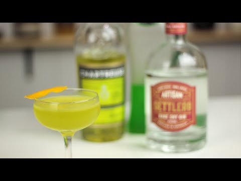 ELECTRIC CIRCUS Cocktail with Midori - yet another Last Word riff!