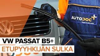 Kuinka vaihtaa etu pyyhkijänsulat VW PASSAT B5+ -merkkiseen autoon OHJEVIDEO | AUTODOC