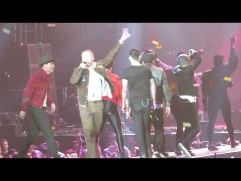 """""""Downtown"""" - Macklemore + Eric Nally - #Welcome! Concert for ACLU - Los Angeles, CA - 04/03/2017"""