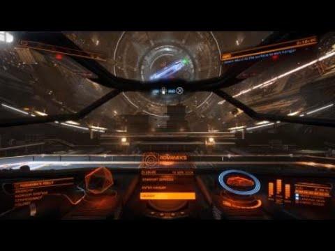 Elite Dangerous -first docking inthe game |