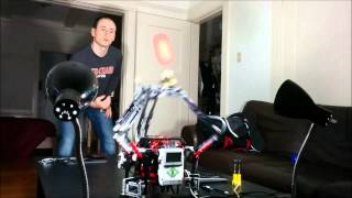 LEGO Mindstorms robot catching ball
