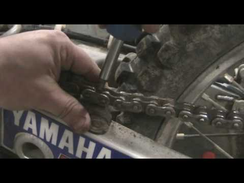 Part 10: How to disassemble a motocross bike. Removing chain. YZ250F example.