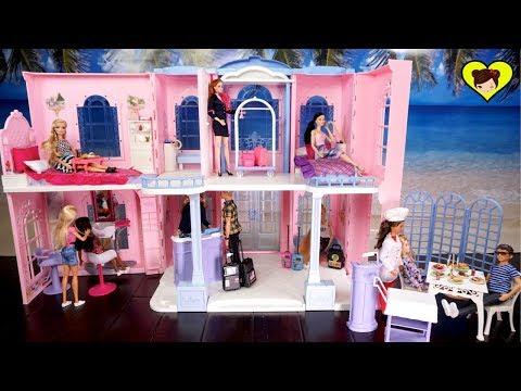 Gran Hotel de Barbie con Habitaciones, Peluqueria y Elevador - Juguetes Para Niñas