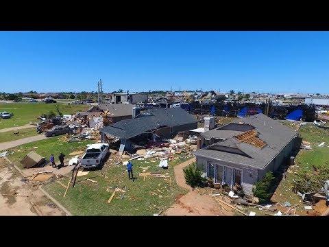 Deadly tornados hit the heartland