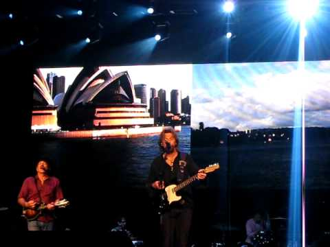 Brooks and Dunn - Proud of the House We Built - Sydney