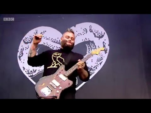 ALEXISONFIRE - Boiled Frogs [Live]