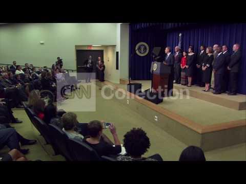 OBAMA FINANCIAL CRISIS EVENT- WALK UP