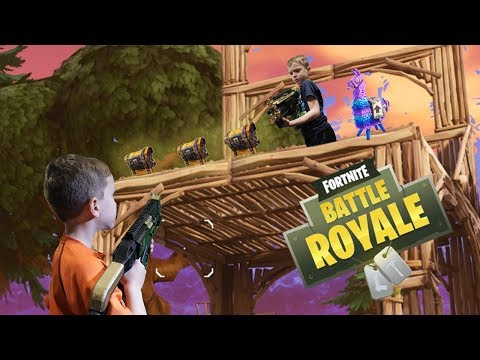 Twin Vs Twin Fortnite Battle Royale In Real Life 3 Luchshie Prikoly