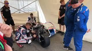 Isle Of Man TT 2018- Sidecar Racing- On The Grid Race 2 - 3 Wheeling SD