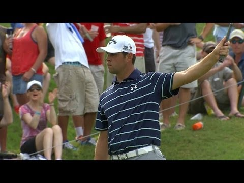 Gary Woodland holes a 39-foot birdie putt from fringe at THE PLAYERS