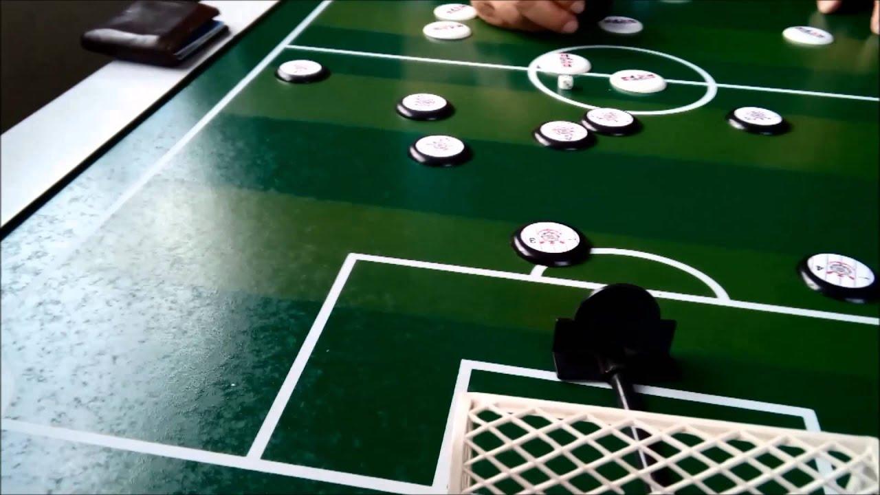 Resultado de imagem para futebol de botão
