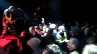 Terror - Never Alone (live) hardcore band