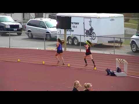 NWC Track & Field: Women's 5000 @ Sioux City Relays 2018.