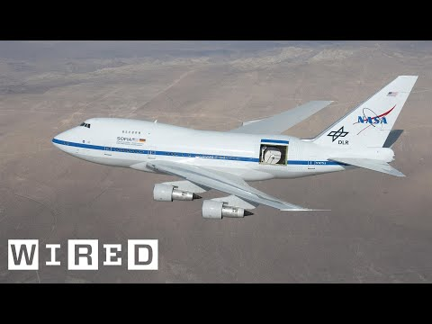 Climb Aboard a Boeing 747 That NASA Turned Into the World's Biggest Flying Telescope | WIRED