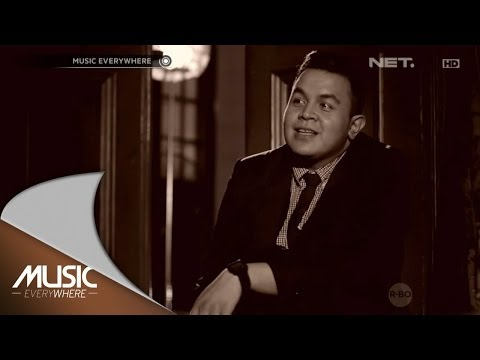 Tulus - Sewindu - Music Everywhere