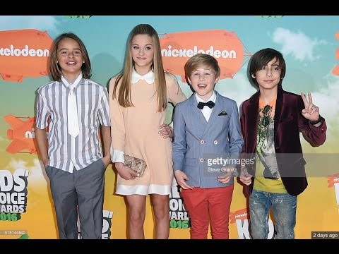 Aidan Gallagher: 2016 KCA -- BEHIND THE SCENES of - Orange Carpet