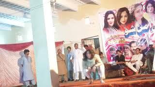 pashto new sho hot mast dance pashto hot dance sho 2019