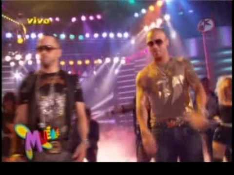 Wisin & Yandel en Muevete (Sexy Movimiento y Quitame el Dolor) (En Vivo) 2009 mp3