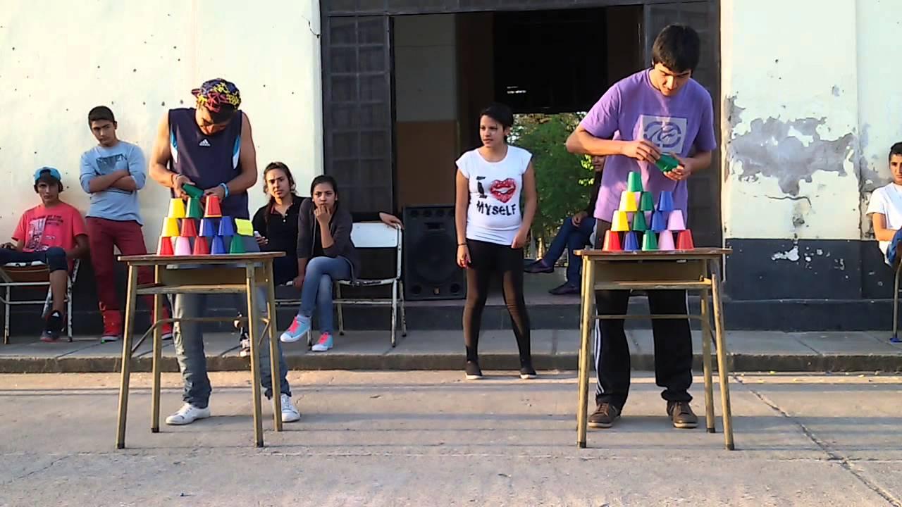 Juegos De La Semana Del Estudiante Youtube