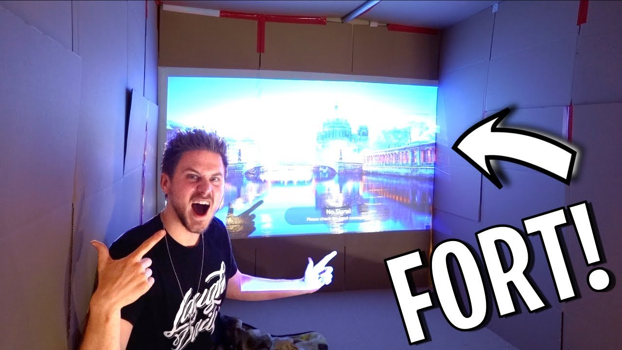BOX FORT MOVIE THEATER!