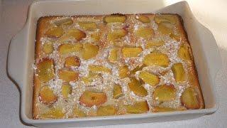 Пирог с персиками на сметане