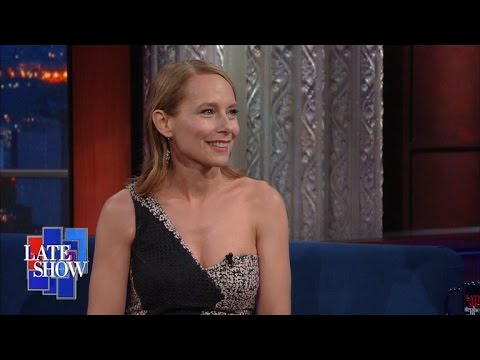 Amy Ryan Admits Ogling A Shirtless Dwayne