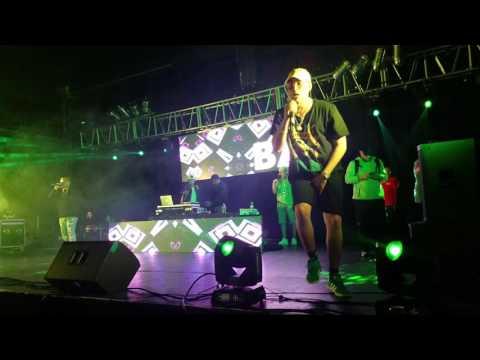 Bad Bunny - Pa Ti ( En Vivo )