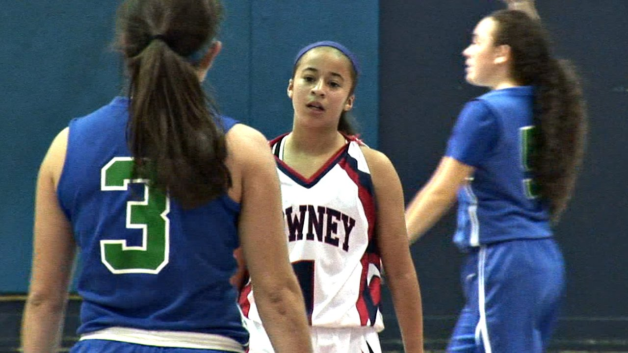 Jaden Newman Drops 47! Youngest To Reach 1,000 Points In