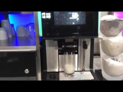 wmf 5000s dynamic milk youtube. Black Bedroom Furniture Sets. Home Design Ideas