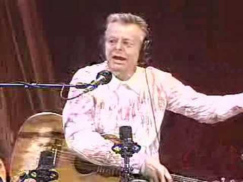 Tommy Emmanuel Train To Dusseldorf on WoodSong Radio