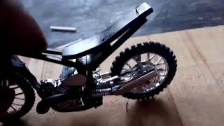 Merubah motor tril menjadi motor drag ,miniatur drag mengunakan mainan