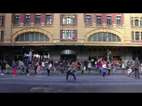 African dance Flash Mob - Flinders st