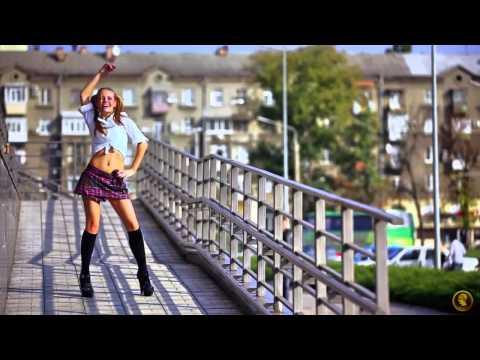 Девушки из клипа Lad Idorf & Sergey Chorniy FLOOD mix - Клип смотреть онлайн с ютуб youtube, скачать